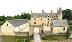 crédit L. Favereau, Haute-cour du château du BOIS ORCAN, ensemble classé MH.