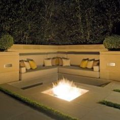 Love this fire pit area.