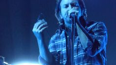 Pearl Jam | Wash | Memphis at FedEx Forum 10/14/2014 HD | sung w/ a different last verse….