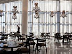 Maze Restaurant – Melbourne, Australia – Photo: Marcel Aucar – Project by: Bates Smart Foscarini, iluminación, láparas