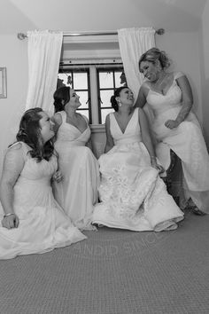 Just the bride and her closest girls before the wedding ceremony. #candid #weddingphotography #wedding #photography #bridesmaids #girls #bestfriends #unveilit