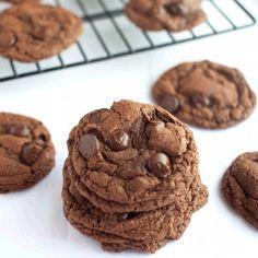 Nutella Espresso Chocolate Chip Cookies