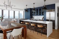A Downtown Chicago Bachelor Pad for a Mathematician - Design Milk Hgtv Kitchens, Cool Kitchens, Beautiful Kitchens, Colorful Kitchens, Small Kitchens, Home Design, Interior Design, Best Kitchen Designs, Modern Kitchen Design