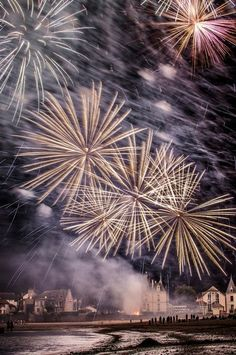 Astonishing Snaps of Fireworks !!! Part - 2 -Fireworks at Napa Valley
