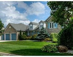 Amazing country setting just 5 minutes from the Heart of Waterloo! Gorgeous Custom-Built Family Home. Home And Family, Real Estate, Homes, Mansions, Country, House Styles, Heart, Amazing, Mansion Houses