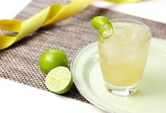 Looking for a Margarita recipe? This step-by-step Margarita cocktail recipe will wow the classic cocktail with Orange Liqueur & Don Julio Tequila. Margarita Cocktail, Cocktail Drinks, Fun Drinks, Cocktail Recipes, Mixed Drinks, Party Drinks, Beverages, Whiskey Cocktails, Classic Cocktails