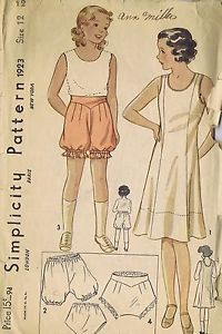 "1923 Simplicity Girls Slip Tap Pants Bloomers SIZE 12 BUST 30 HIP 32.5"" UNCUT"