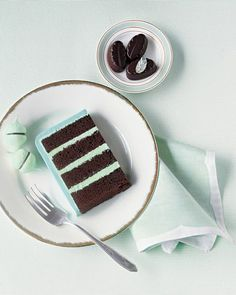 Cakey prettiness in cocoa and mint