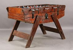 VINTAGE FOOSBALL TABLE GAMES ALUMINUM PLAYERS : Lot 198