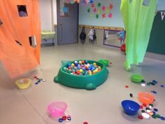 Escuela Infantil Nº 6 D.E 10º: Sala de Deambuladores 2017 Physical Activities, Toddler Activities, Activities For One Year Olds, Baby Learning, Festival 2017, Ideas Para, Kindergarten, Kids Rugs, Ideas