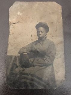 An-Antique-Tintype-Photo-of-a-Young-African-American-Woman-w-Hat-RARE