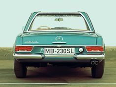 Mercedes 230SL - ah, reminds me of the old Thriftymobile.