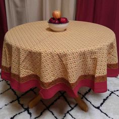 """Handmade 100% Cotton Floral Vine 60"""" Inch Round Tablecloth Gold Red"""