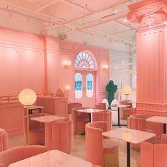 "10.7k Likes, 40 Comments - Stylenanda,3ce,kkxx (@stylenanda_korea) on Instagram: ""홍대 핫플 #핑크풀카페홍대 로 놀러오세용 #pinkpoolcafe #핑크풀카페 #stylenanda"""