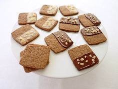 :pastry studio: Coffee Spice Shortbread With Crystallized Ginger