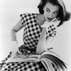 Vintage Inspiration: Sitting Style #fashion