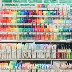 "positive-infinity: "" JAPAN - the land of cute and cheap pens, highlighters and. positive-infinity: "" JAPAN – the land of cute and cheap pens, highlighters and cute stationery! Stationary Store, Stationary Supplies, Art Supplies, Office Supplies, Stationary Design, Too Cool For School, Back To School, Tokyu Hands, Stationary Organization"