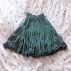 Tiered Skirt by Mia Lovecraft (http://www.ravelry.com/projects/MiaLovecraft/tiered-skirt-recipe-stufenrock-2)