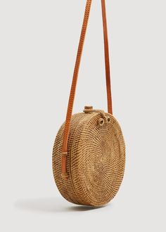 Round design Bamboo fabric Handmade finishes Long strap Inner lining Handmade in Bali, Indonesia