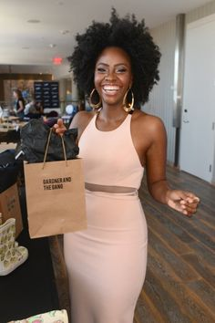 Mad Men actress Teyonah Parris attends Kari Feinsteins Style Lounge presented by Paragon at Andaz West Hollywood on August 22 She's also one of my afro heros. Natural Hair Journey, Natural Hair Care, Natural Hair Styles, Natural Beauty, My Hairstyle, Afro Hairstyles, American Hairstyles, Black Hairstyles, Hairstyle Ideas