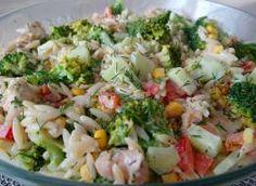 Sałatka makaronowa z kurczakiem i brokułem - przepis ze Smaker.pl Orzo, Potato Salad, Potatoes, Ethnic Recipes, Food, Eten, Potato, Meals, Diet