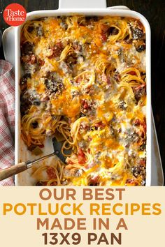 It's easy to feed a crowd with these potluck appetizers, side dishes, breakfast casseroles and desserts. Best Potluck Dishes, Church Potluck Recipes, Main Dish For Potluck, Easy Potluck Recipes, Potluck Appetizers, Potluck Dinner, Crockpot Recipes, Cooking Recipes, Food For Potluck