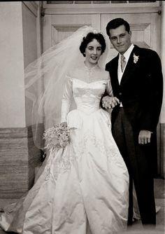 Com Legendary Brides 78