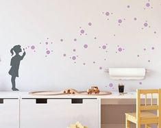 Wandsticker SEIFENBLASEN MÄDCHEN, Wandtattoo Kinderzimmer Dots Bubble Girl,  Wall Art Sticker Banksy Stil,