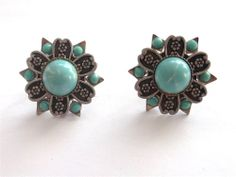VINTAGE 40'S TURQUOISE BLUE CELLULOID CABOCHON EMBOSSED ALUMINIUM EARRINGS