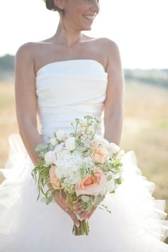 Sunlight, minimal makeup, and a gorgeous bouquet