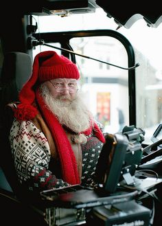 """One of the bus drivers in Trondheim. The beard is real, and this is his uniform all december long."" Well, i think i have to take the bus more often before christmas...."