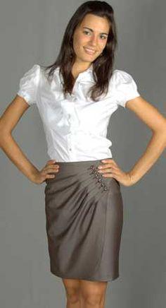Строить выкройки юбок очень просто, а во-вторых, выкройки юбок моделировать достаточно быстро. Пошив юбок по готовым выкройкам не займет много времени...