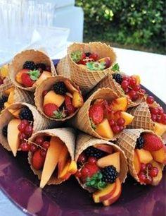 New Fruit Cups Ideas Waffle Cones Ideas Fruit Party, Snacks Für Party, Party Favors, Fun Fruit, Shower Favors, Party Desserts, Picnic Snacks, Shower Party, Kids Fruit
