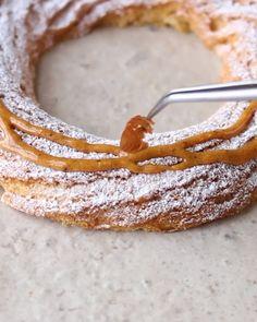 Fun Baking Recipes, Cake Recipes, Cooking Recipes, Profiteroles, Eclairs, Creative Desserts, Creative Cakes, Cookie Desserts, Easy Desserts