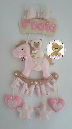 Foam Crafts, Baby Crafts, Diy And Crafts, Crafts For Kids, Felt Wreath, Felt Owls, Baby Mobile, Felt Baby, Felt Decorations