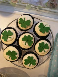 st patricks day cupcakes..again not the recipe, just the decorations.