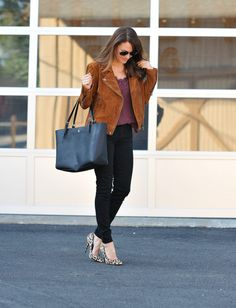 Black denim outfit idea via Peaches In A Pod blog.  My favorite jacket for fall is the Blank NYC suede moto jacket.