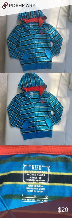 Nike Youth Jacket Nike zip up hooded jacket Youth size Large. Nike Jackets & Coats