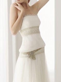 ¡Nuevo vestido publicado!  Rosa Clara 2010 mod. Romina ¡por sólo 750€! ¡Ahorra un 67%!   http://www.weddalia.com/es/tienda-vender-vestido-novia/rosa-clara-2010-mod-romina/ #VestidosDeNovia vía www.weddalia.com/es