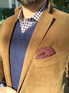 Love the corduroy jacket for Fall. Casual yet stylish. Groom Outfit, Groom Attire, Outfit Jeans, Business Casual Men, Men Casual, Stylish Men, Corduroy Blazer, Mens Fall, Autumn Winter Fashion