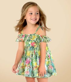 Dresses for girls in different colours, patterns and prints. The most elegant and trendy dresses. Cute Little Girls Outfits, Little Girl Models, Girls Summer Outfits, Dresses Kids Girl, Flower Girl Dresses, Toddler Fashion, Toddler Outfits, Kids Outfits, Kids Fashion