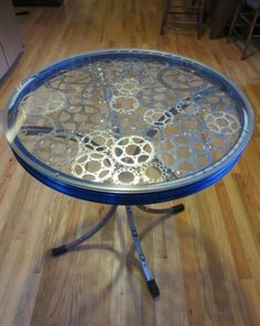 30 Creative Ways To Upcycle Old Bicycle Parts - HomelySmart