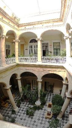 Photos of Hotel Florida, Havana - Hotel Where we will do our overnight splurge!  In old Havana and next to everything...