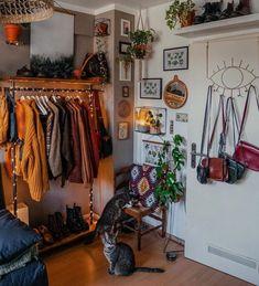 @brookepaigem Indie Room Decor, Aesthetic Room Decor, Indie Bedroom, Gothic Bedroom, Plant Aesthetic, Trendy Bedroom, Retro Bedrooms, Girl Bedrooms, Black Bedrooms