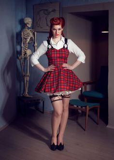 Suzette Rockabilly Dress: mini red checkered / tartan vintage / pin-up rockabilly dress by TiCCi Rockabilly Clothing Rockabilly Mode, Rockabilly Outfits, Rockabilly Fashion, Rockabilly Clothing, Plus Size Rockabilly, Tartan Mode, Pin Up Kleidung, Plus Size Boudoir, Tartan Fashion