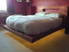DIY floating bed - I absolutely love everything about this bed and frame