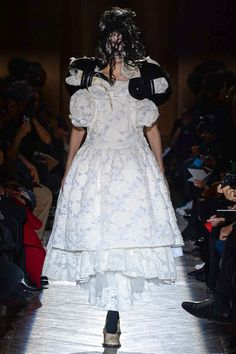 Comme des Garçons Fall 2015 Ready-to-Wear - Collection - Gallery - Style.com