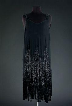 MODEMUSEUM HASSELT - Gabrielle Chanel (A/W 1924)
