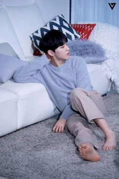 [STARCAST] SEVENTEEN's unrevealed pictures