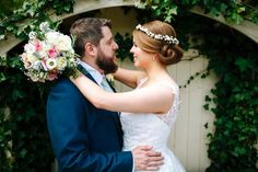 Gorgeous bride Lucy wearing a Yasmina Hair Garland by Blooming Loopy - www.BloomingLoopy.com